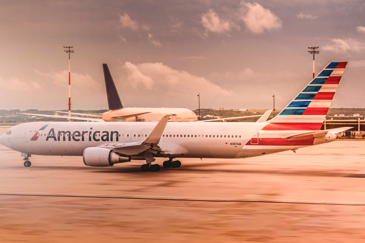 american-airlines-safer-contactless-baggage-drop-service