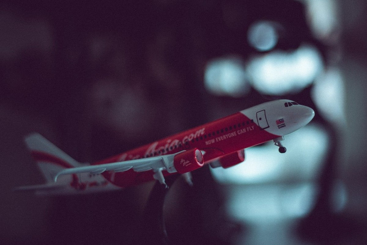 airasia-india-bought-entirely-by-tata-sons