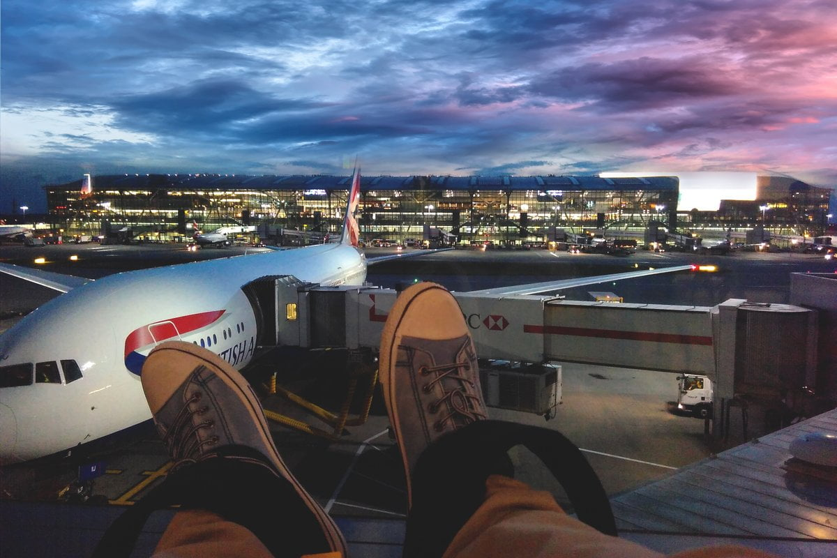 travelling-london-heathrow-airport-during-covid-19